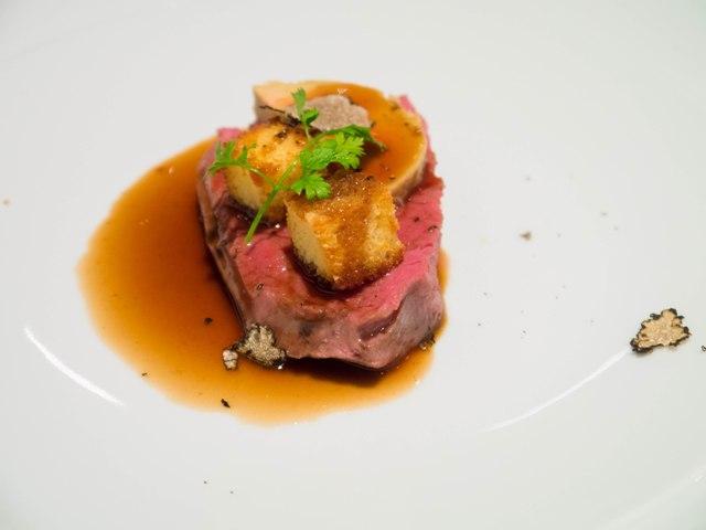 NOLITA Stek z truflami i foie gras