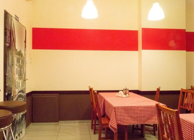 Gli Italiani Sala