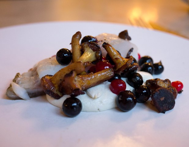Le Chateaubriand Turbot ajoblanco porzeczki kurki