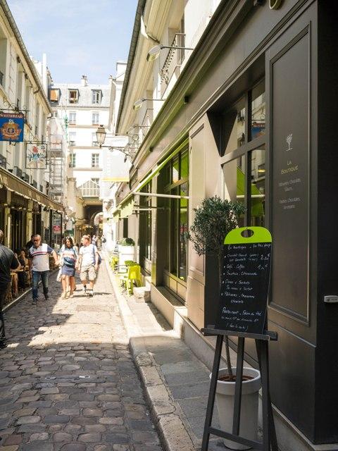 Un Dimanche à Paris