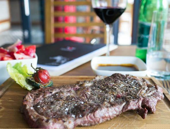 Muu Muu New York Steak