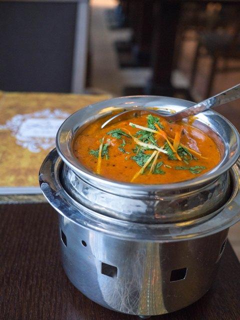 Rain by India Curry Ryba w sosie kokosowym