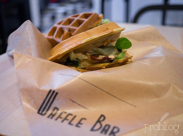 Waffle Bar Gofr z wołowiną angus