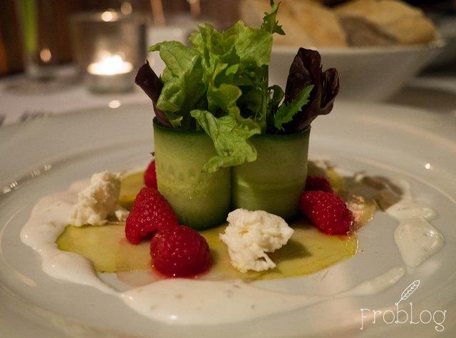 Restauracja Porto Praga Carpaccio z buraków Chioggia z ziołową fetą