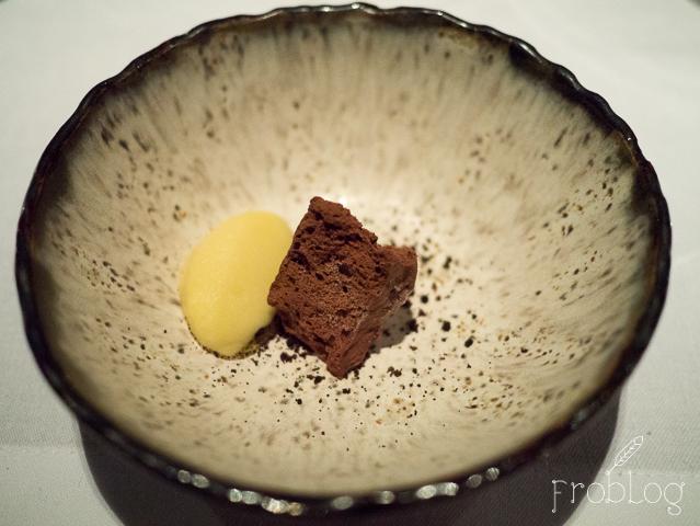 NOLITA Pre dessert Skała czekoladowa sorbet z yuzu