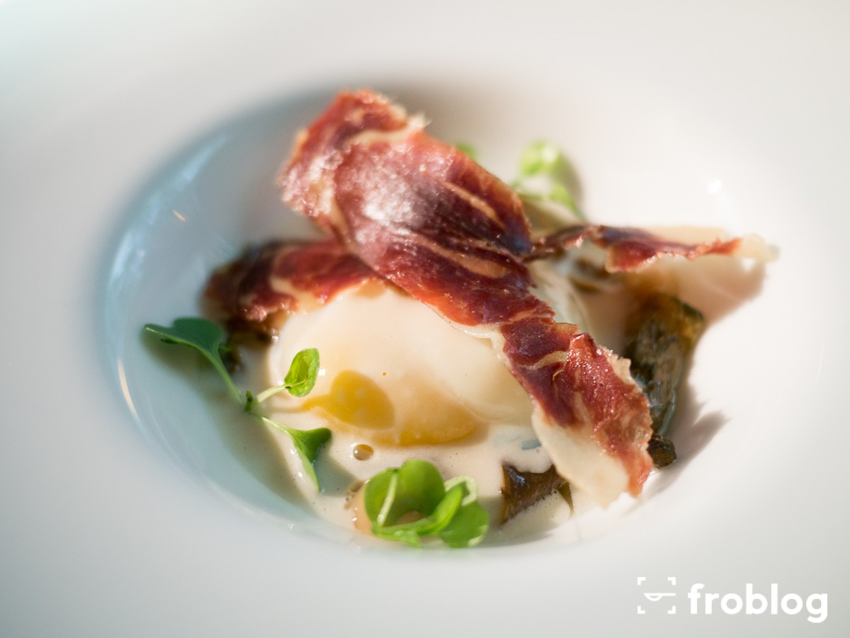 Roca Moo: Free-range egg cooked at low temperature with mushrooms, Idiazabal cheese and Iberian ham
