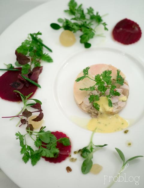 La Rotisserie Prosto z targu Terrina z królika i wątróbki gęsiej
