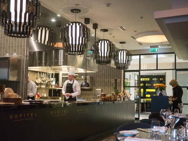 Brasserie Moderne Otwarta kuchnia