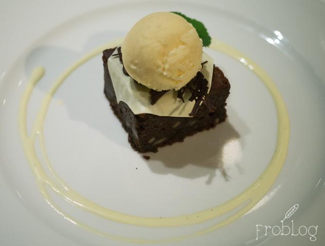 Mielżyński na Czerskiej Deser czekoladowy