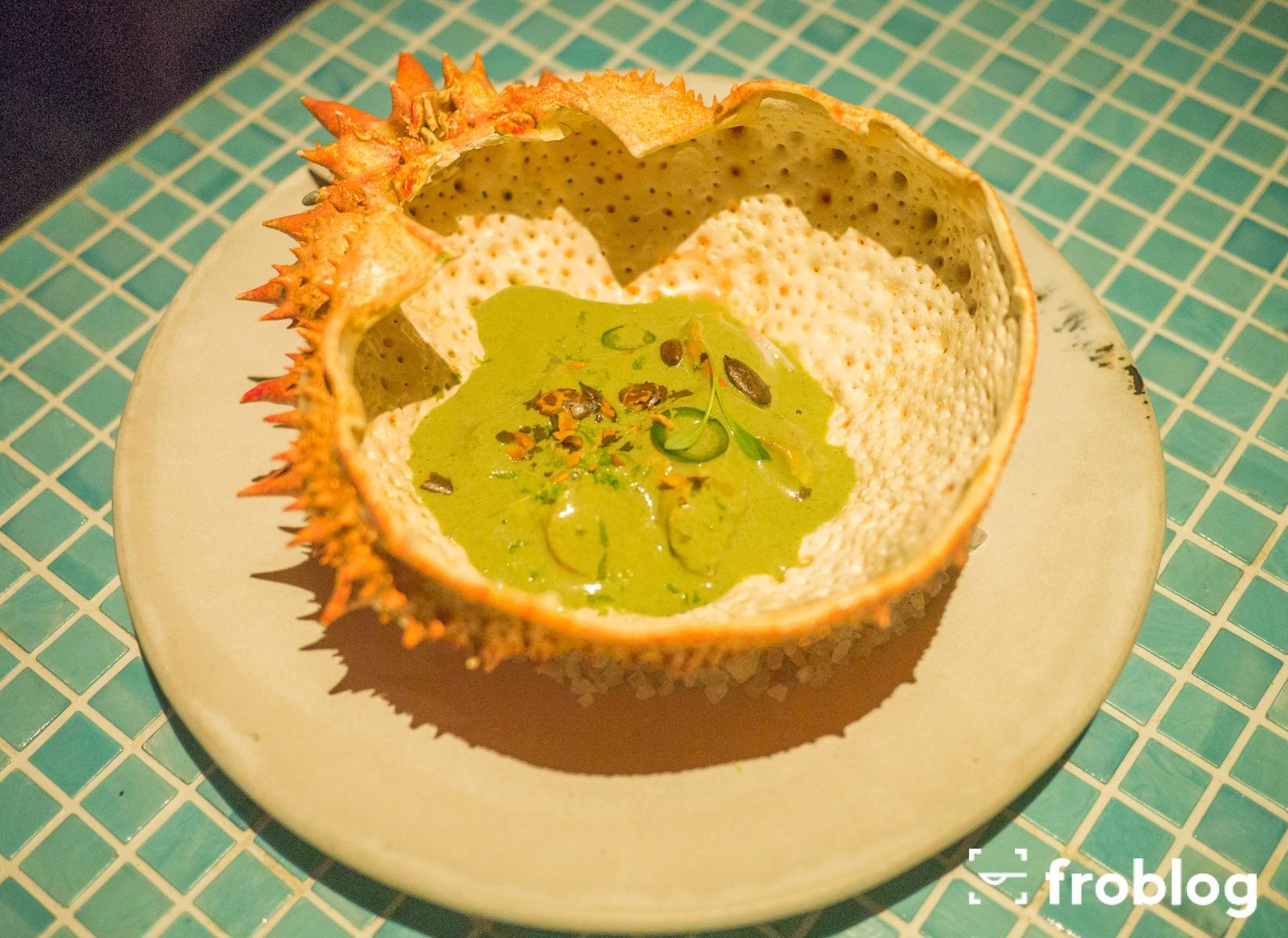 Gdzie jeść w Barcelonie kolację: Krab królewski z sosem pipian