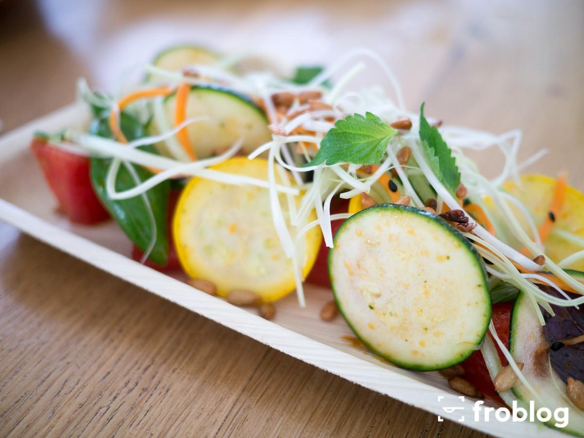Munchies: Arbuz, cukinia, shiso, prażony słonecznik