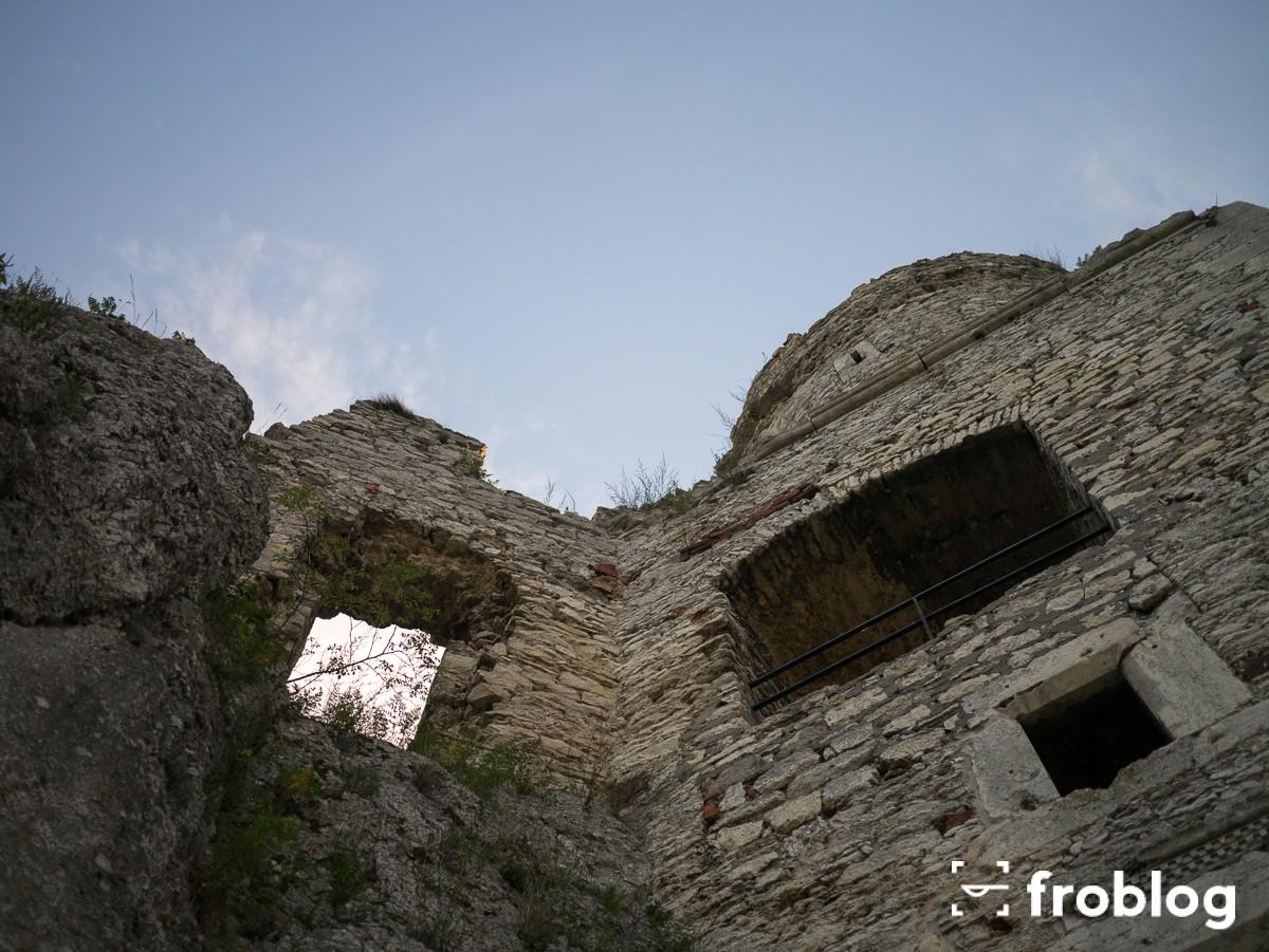 Zamek Ogrodzieniec-4