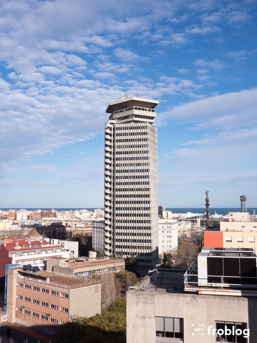 Marea Alta: Na szczycie budynku